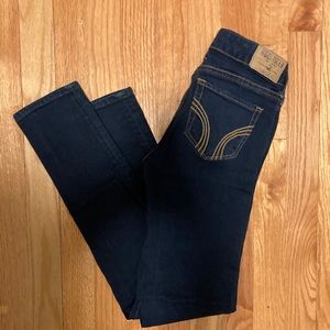 Hollister straight leg dark wash jeans